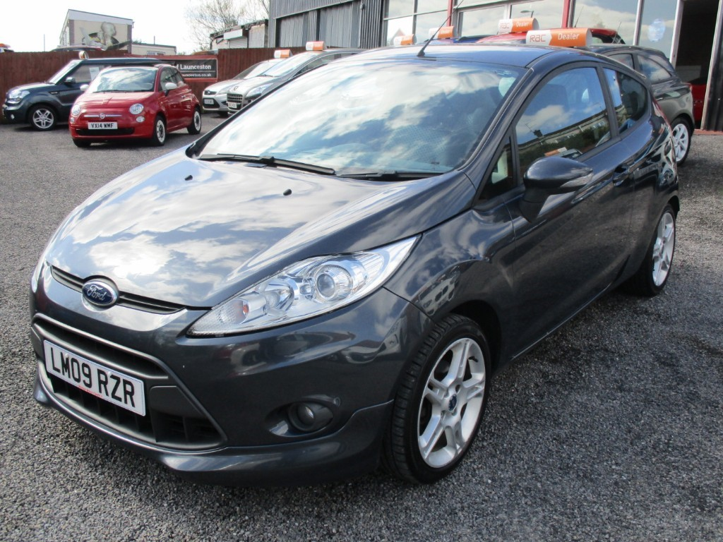 used Ford Fiesta ZETEC S in torfaen