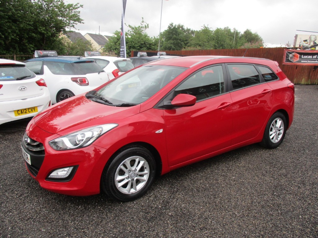 used Hyundai i30 CRDI ACTIVE BLUE DRIVE in torfaen