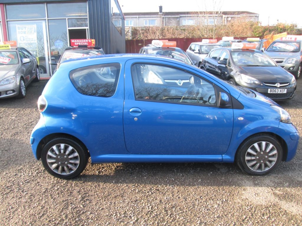 used blue toyota aygo for sale torfaen. Black Bedroom Furniture Sets. Home Design Ideas