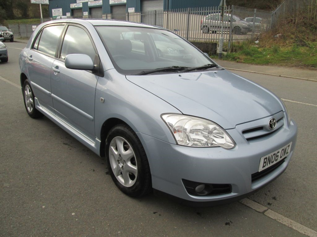 used Toyota Corolla T3 COLOUR COLLECTION VVT-I in torfaen