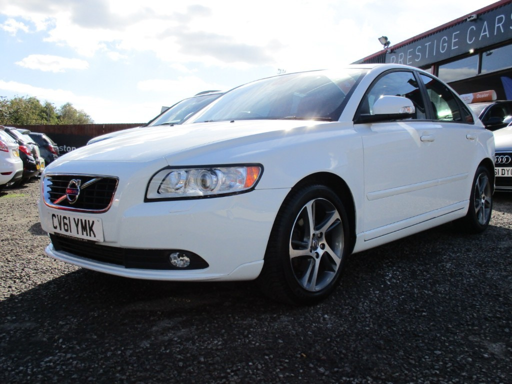used Volvo S40 DRIVE SE LUX EDITION START/STOP in torfaen