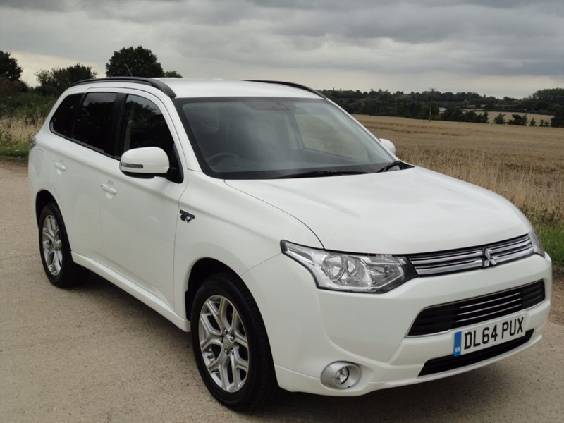 used Mitsubishi Outlander PHEV GX 3H 4WD in chelmsford