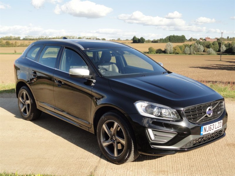 used Volvo XC60 D4 R-DESIGN LUX NAV in chelmsford