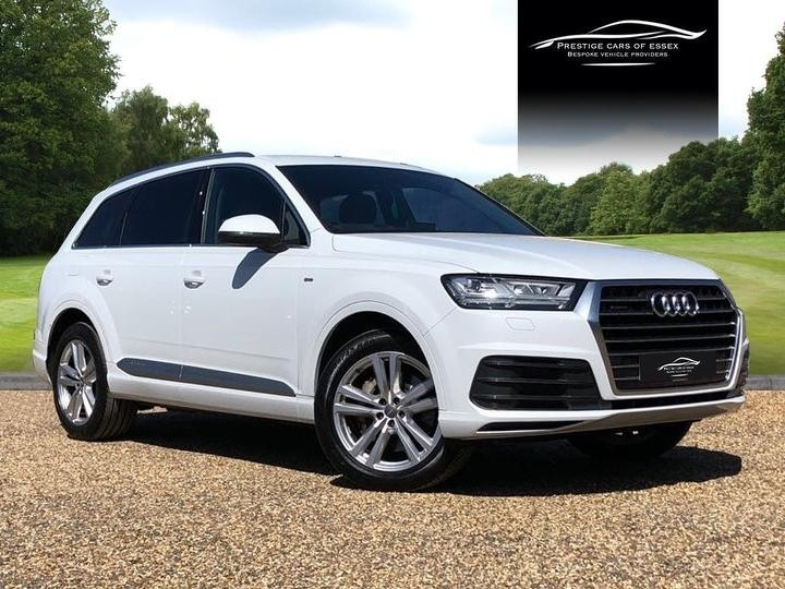 used Audi Q7 TDI QUATTRO S LINE in ongar-essex