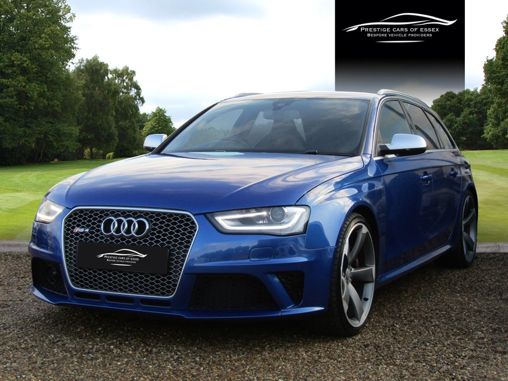 used Audi RS4 AVANT FSI QUATTRO in ongar-essex