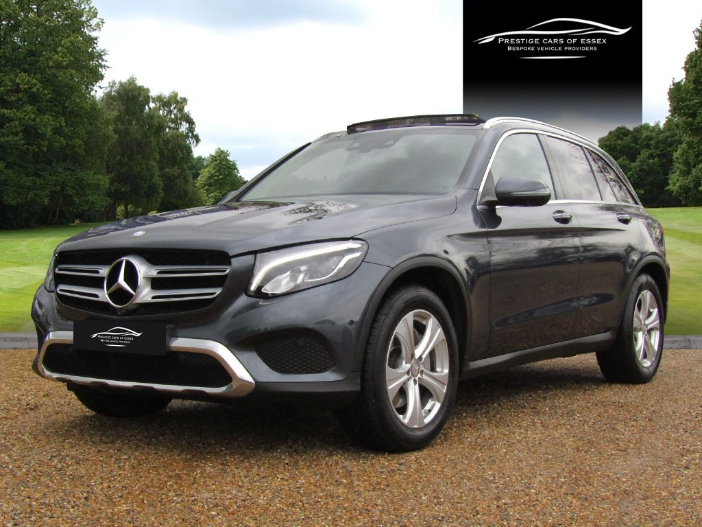 used Mercedes 220 GLC  D 4MATIC SPORT PREMIUM in ongar-essex