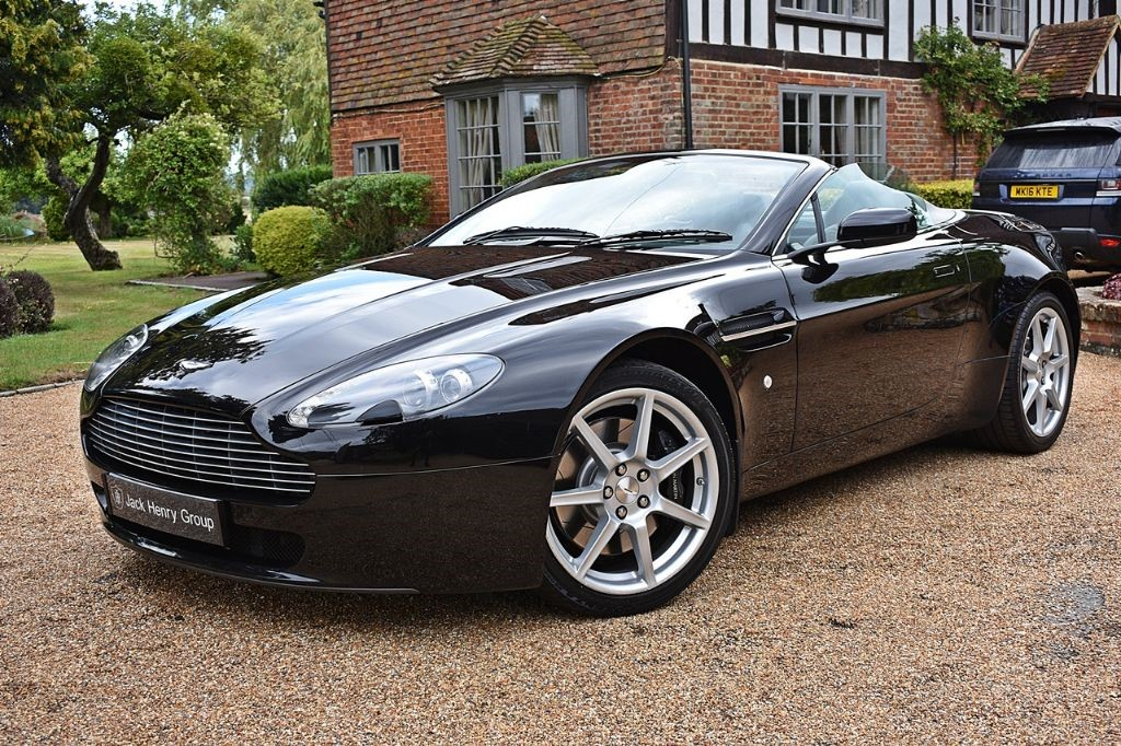 used Aston Martin Vantage V8 ROADSTER in in-kent