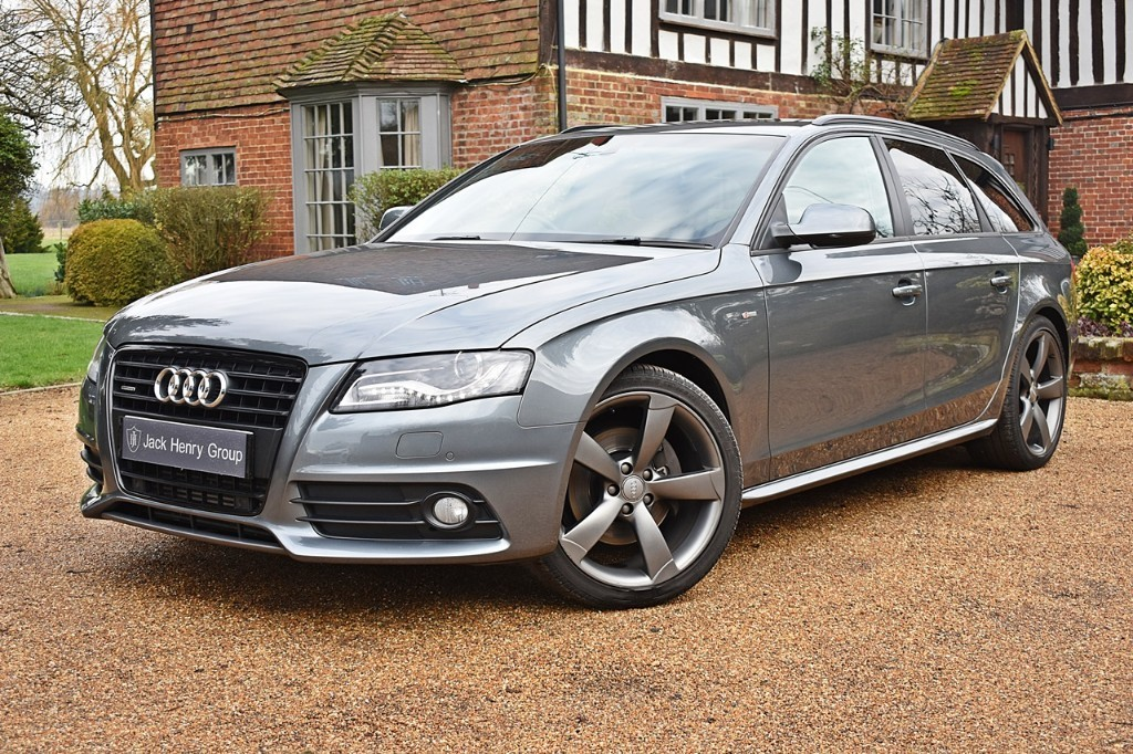 used Audi A4 AVANT TDI QUATTRO S LINE BLACK EDITION in in-kent