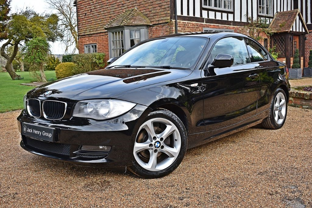 used BMW 118d SPORT in in-kent