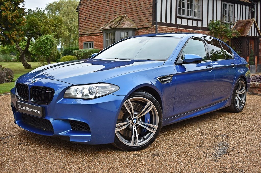used BMW M5  in in-kent