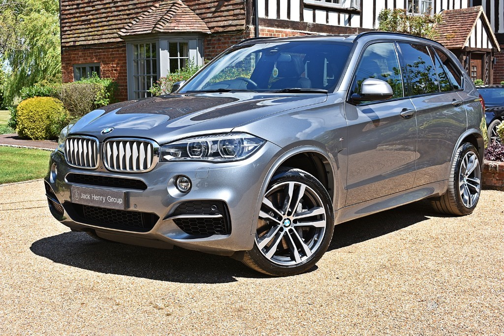 used BMW X5 M50D in in-kent