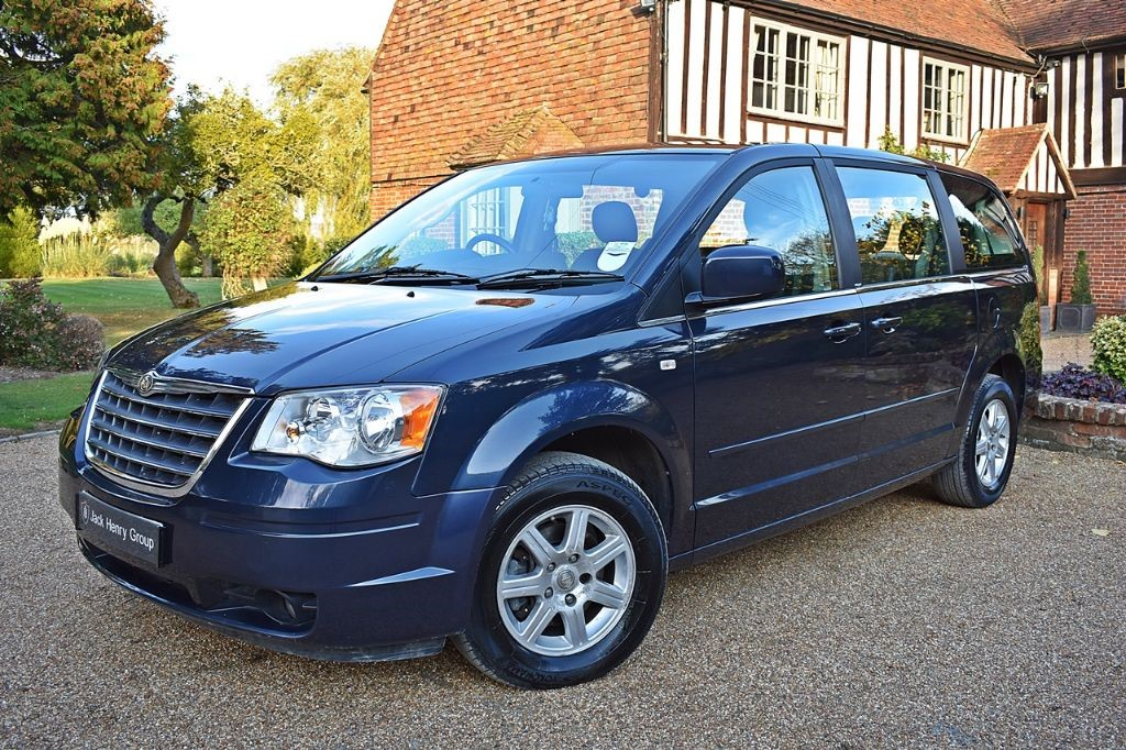 used Chrysler Grand Voyager CRD TOURING in in-kent