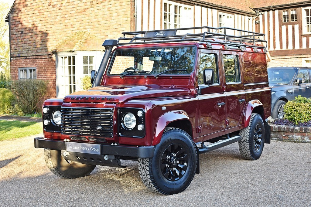 used Land Rover Defender TD XS UTILITY WAGON in in-kent