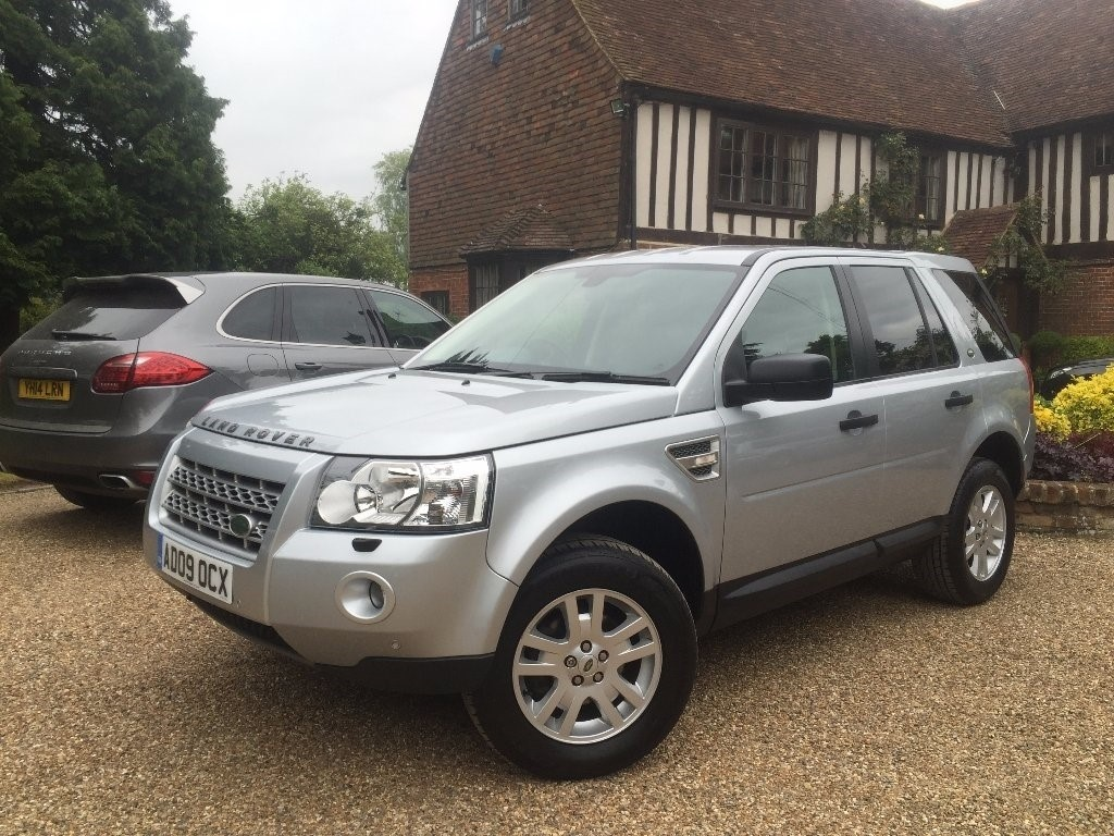 used Land Rover Freelander 2 TD4e XS 5dr in in-kent