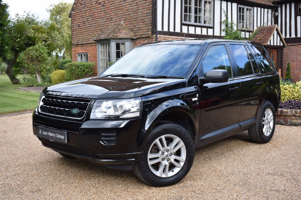 used Land Rover Freelander TD4 BLACK AND WHITE in in-kent