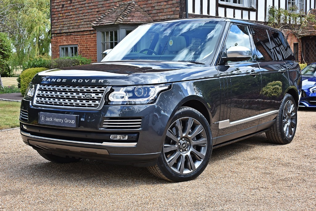used Land Rover Range Rover SDV8 VOGUE SE in in-kent