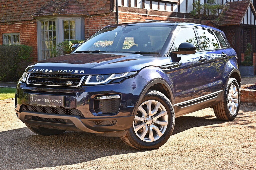 used Land Rover Range Rover Evoque TD4 SE TECH in in-kent