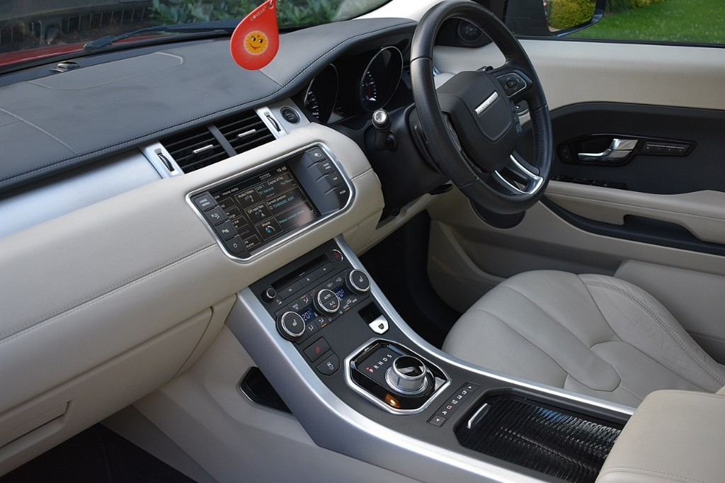 Used Firenze Red Land Rover Range Rover Evoque for Sale | Kent