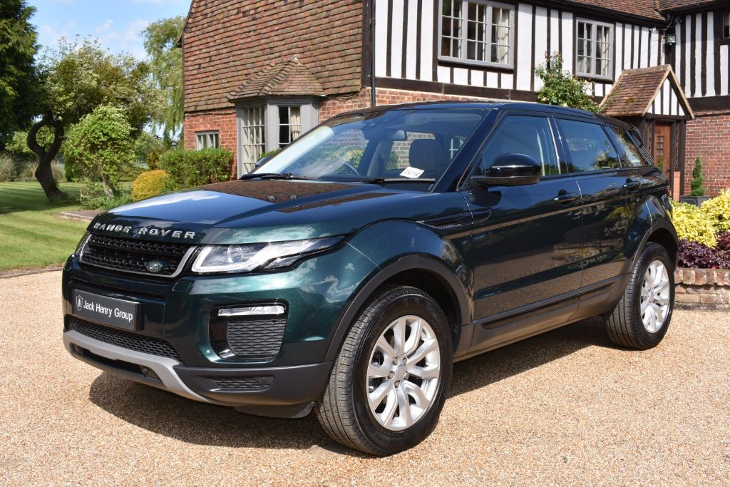 used Land Rover Range Rover Evoque ED4 SE Tech (2WD) 5dr (start/stop) in in-kent