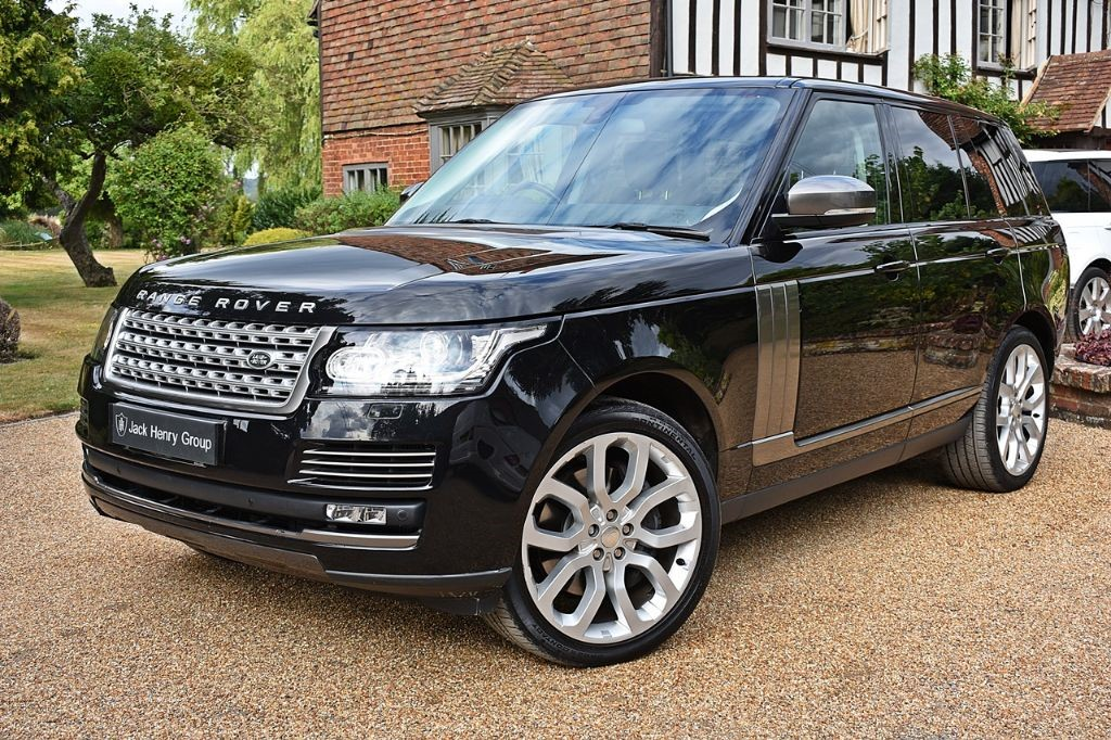 used Land Rover Range Rover SDV8 VOGUE in in-kent
