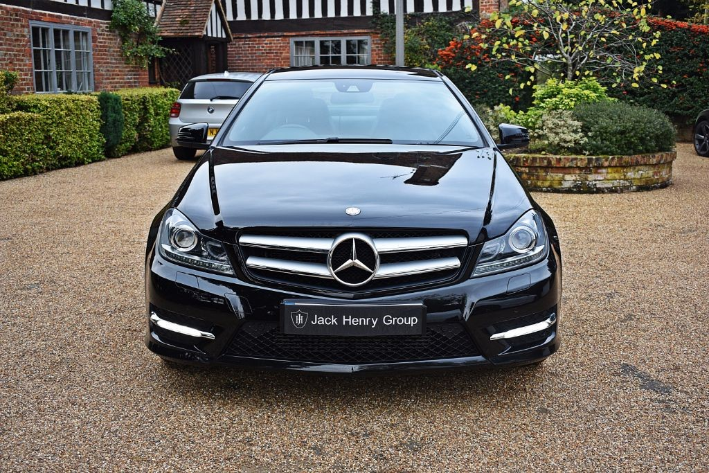 used black mercedes c220 for sale kent. Black Bedroom Furniture Sets. Home Design Ideas