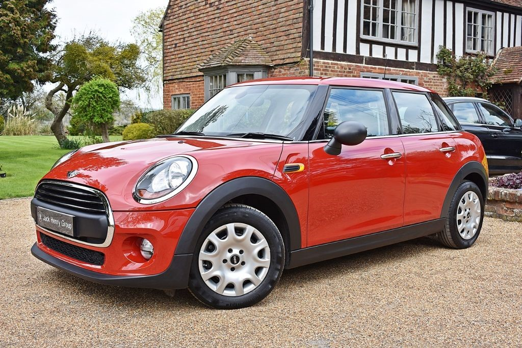 used MINI Hatch ONE in in-kent