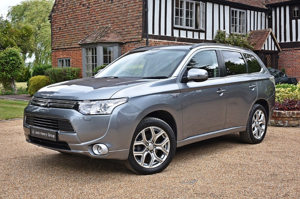 used Mitsubishi Outlander PHEV GX 4H in in-kent
