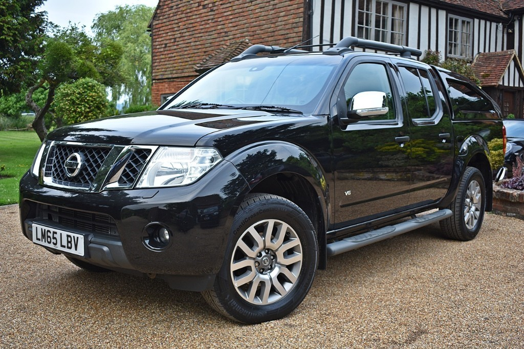 used Nissan Navara DCI OUTLAW 4X4 SHR DCB in in-kent