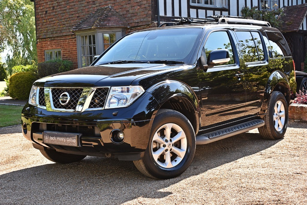 used Nissan Pathfinder DCI AVENTURA in in-kent