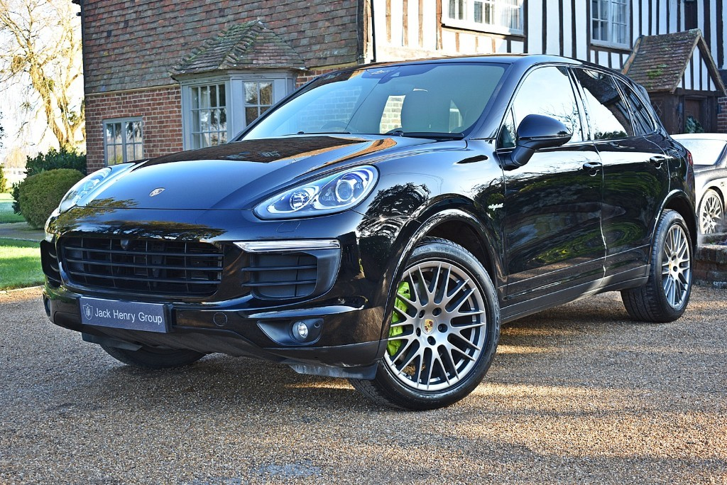 used Porsche Cayenne S E-HYBRID PLATINUM EDITION TIPTRONIC S in in-kent