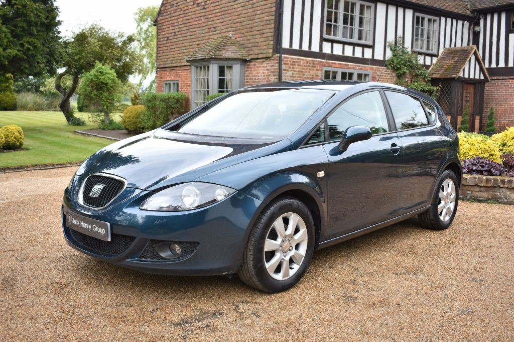 used SEAT Leon TDI Stylance 5dr in in-kent