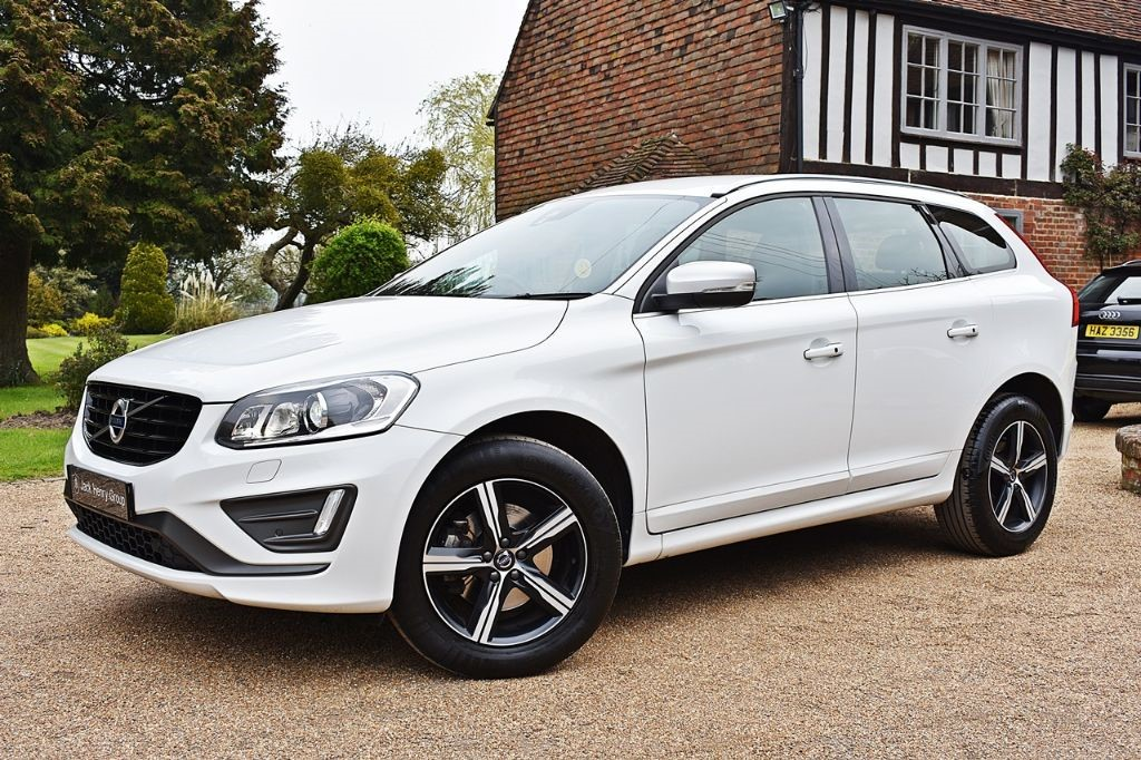 used Volvo XC60 D4 R-DESIGN LUX NAV in in-kent