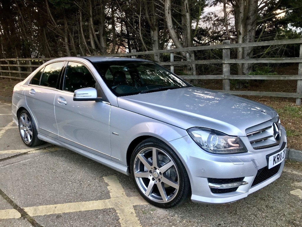 used brilliant silver mercedes c220 for sale essex. Black Bedroom Furniture Sets. Home Design Ideas