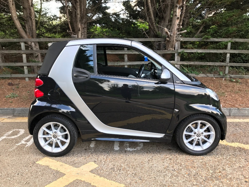 used smart car fortwo cabrio for sale essex. Black Bedroom Furniture Sets. Home Design Ideas