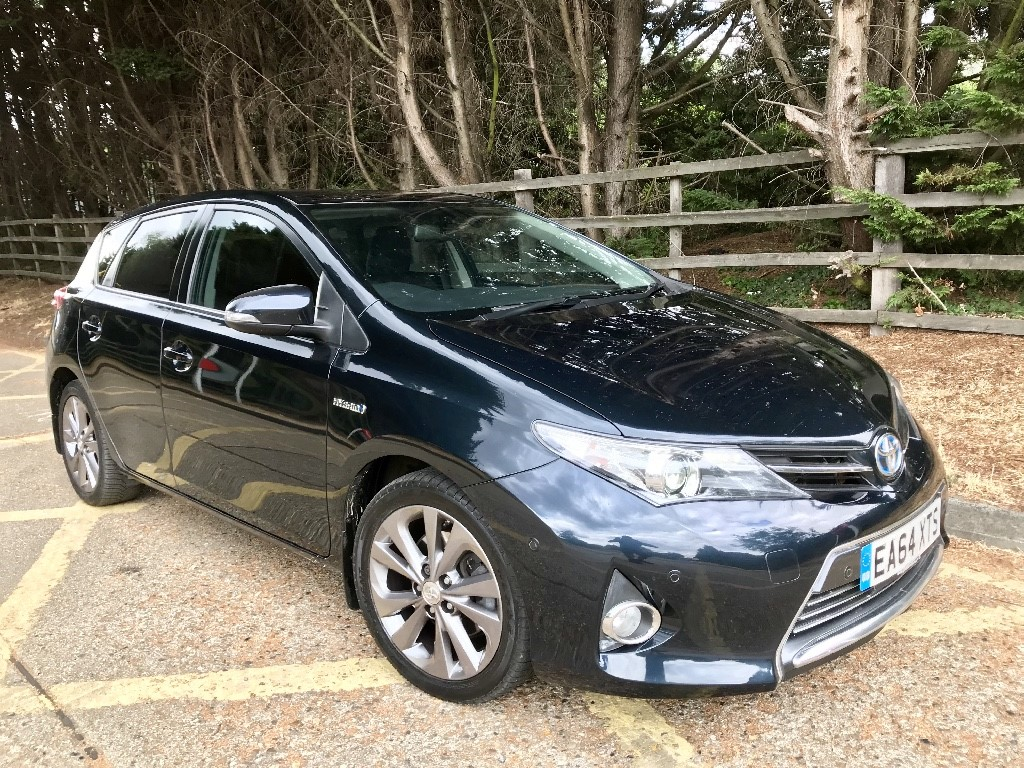 used Toyota Auris VVT-I EXCEL in essex