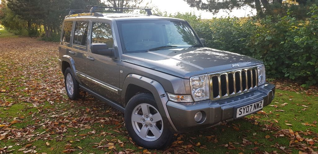 used Jeep Commander V8 HEMI LIMITED in fife