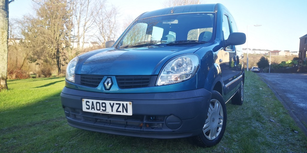used Renault Kangoo AUTHENTIQUE 16V in fife