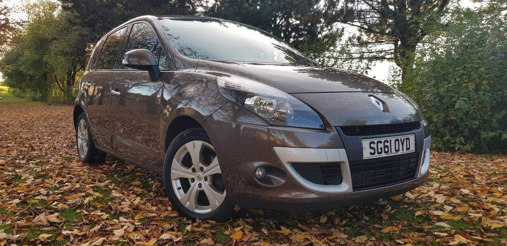 used Renault Scenic DYNAMIQUE TOMTOM DCI in fife