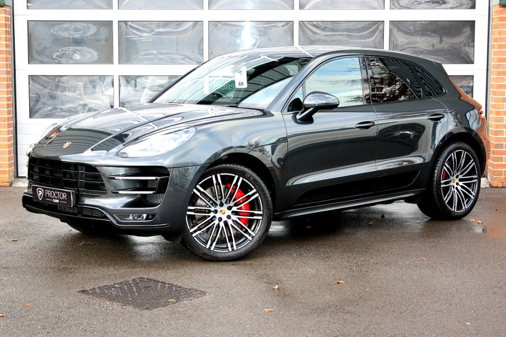 all Porsche Macan 3.6 Turbo (Performance Pack) PDK AWD 5dr (start/stop) in wessington-derbyshire