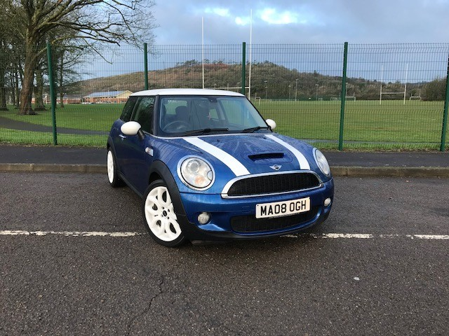 used MINI  COOPER S in llanelli-south-wales