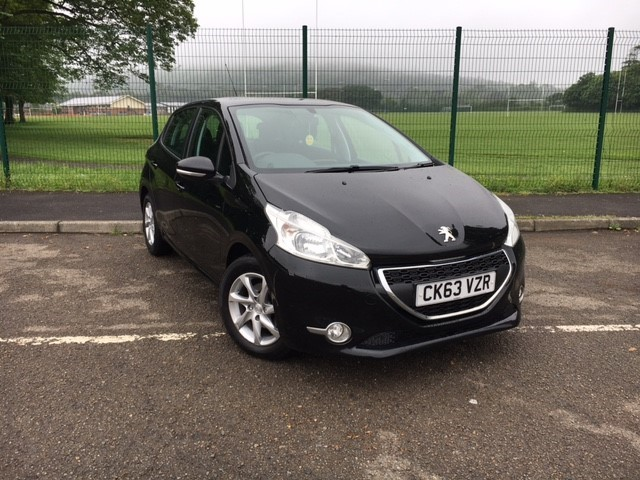 used Peugeot 208 HDI ACTIVE in llanelli-south-wales