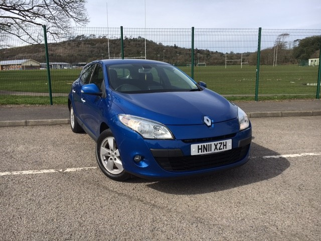used Renault Megane DYNAMIQUE TOMTOM VVT in llanelli-south-wales