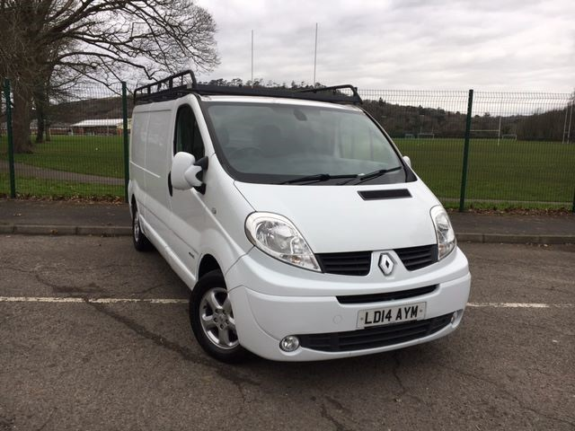 used Renault Trafic LL29 SPORT DCI S/R P/V in llanelli-south-wales