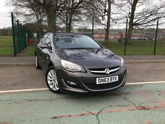 used Vauxhall Astra SE in llanelli-south-wales