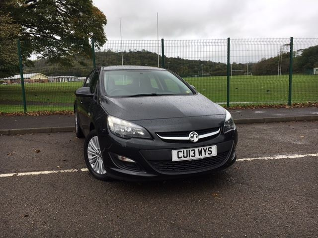 used Vauxhall Astra ENERGY CDTI in llanelli-south-wales