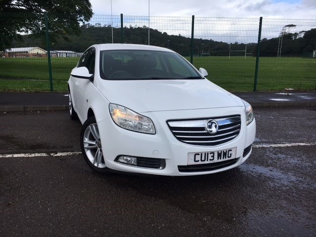 used Vauxhall Insignia EXCLUSIV CDTI in llanelli-south-wales