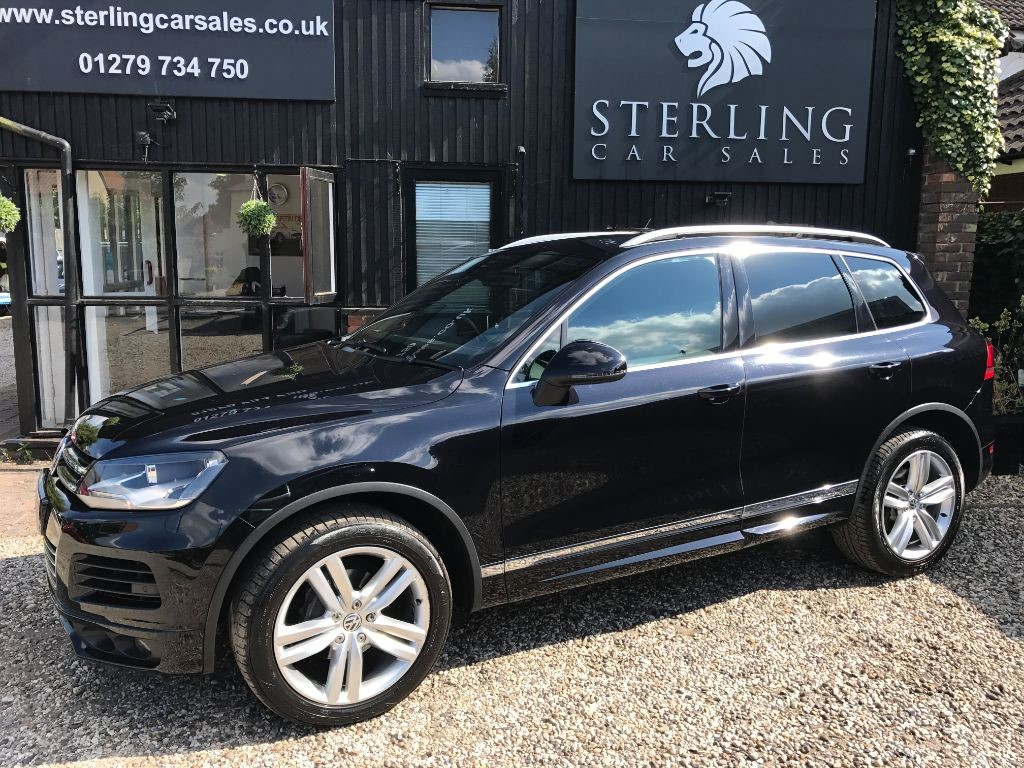 used VW Touareg V6 ALTITUDE TDI BLUEMOTION TECHNOLOGY in essex