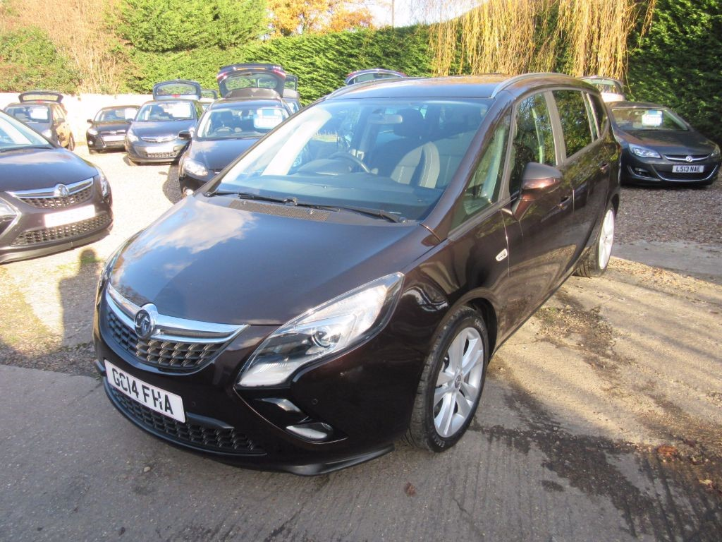 used macadamia metalic vauxhall zafira tourer for sale surrey. Black Bedroom Furniture Sets. Home Design Ideas