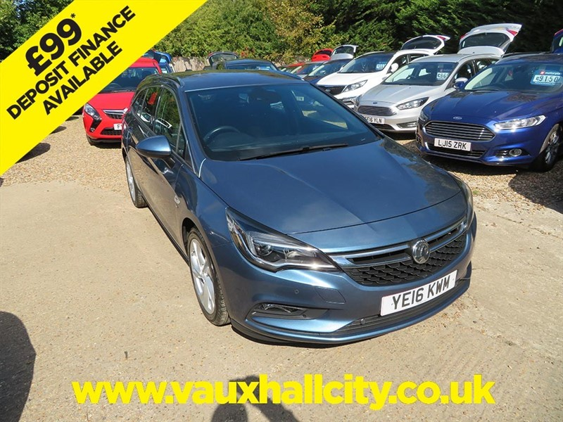 used Vauxhall Astra SRI S/S in windlesham-surrey