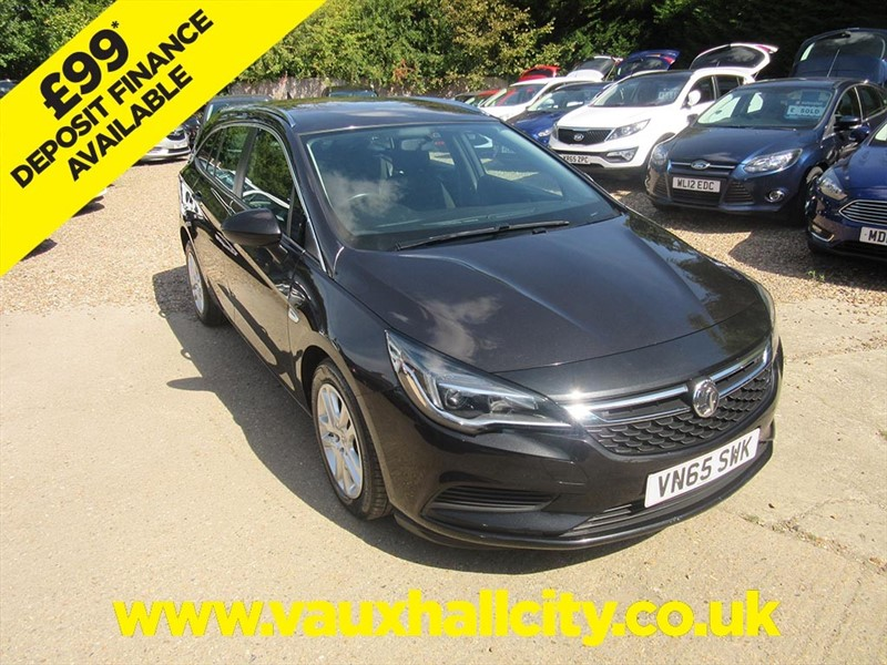 used Vauxhall Astra TECH LINE CDTI in windlesham-surrey